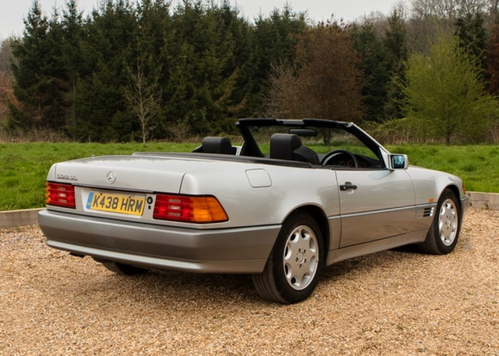 1993 Mercedes-Benz 500 SL Roadster For Sale by Auction (picture 4 of 6)