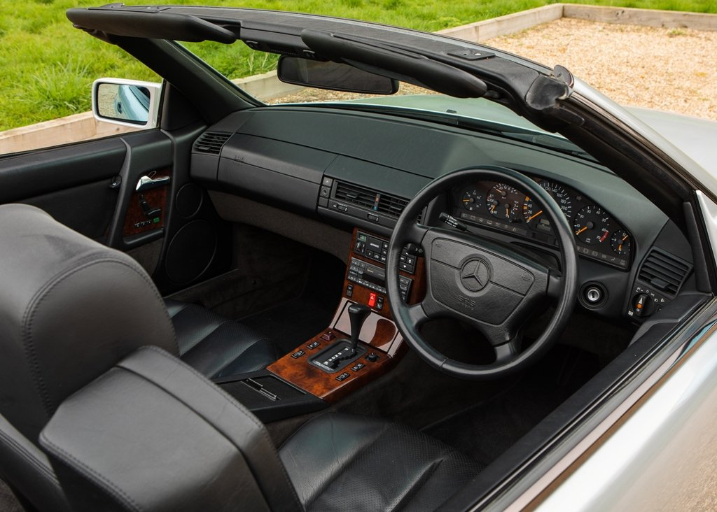 1993 Mercedes-Benz 500 SL Roadster For Sale by Auction (picture 5 of 6)