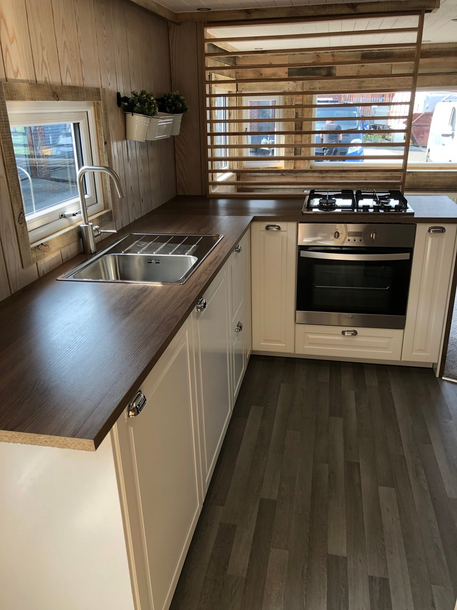 1990 26FT GRANNY ANNEXE LOG CABIN HOLIDAY HOME GLAMPING POD For Sale (picture 1 of 6)