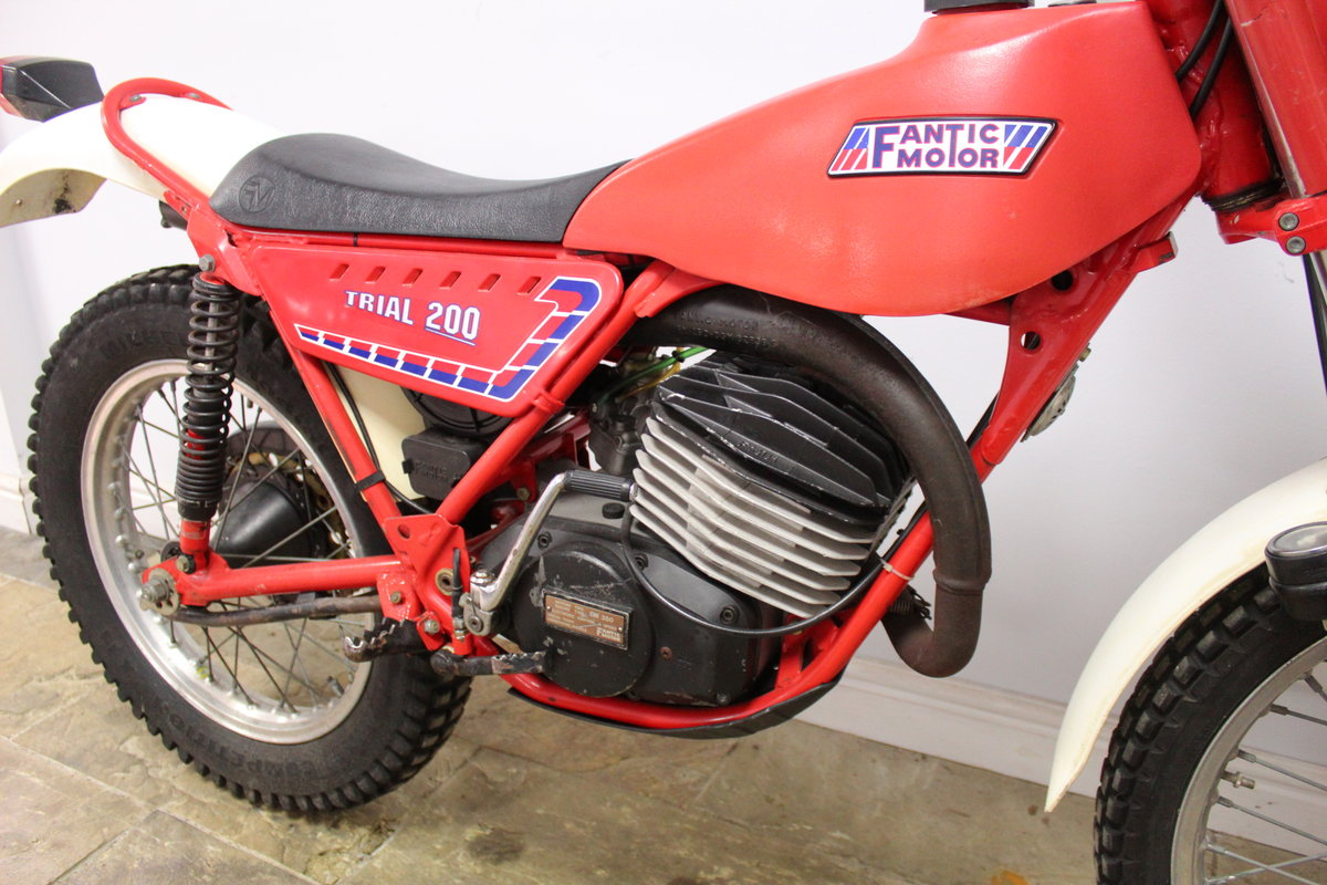 c1982 Fantic 200 cc Trials Bike Presented in excellent con SOLD (picture 3 of 6)