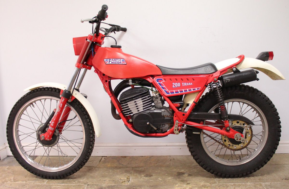c1982 Fantic 200 cc Trials Bike Presented in excellent con SOLD (picture 4 of 6)