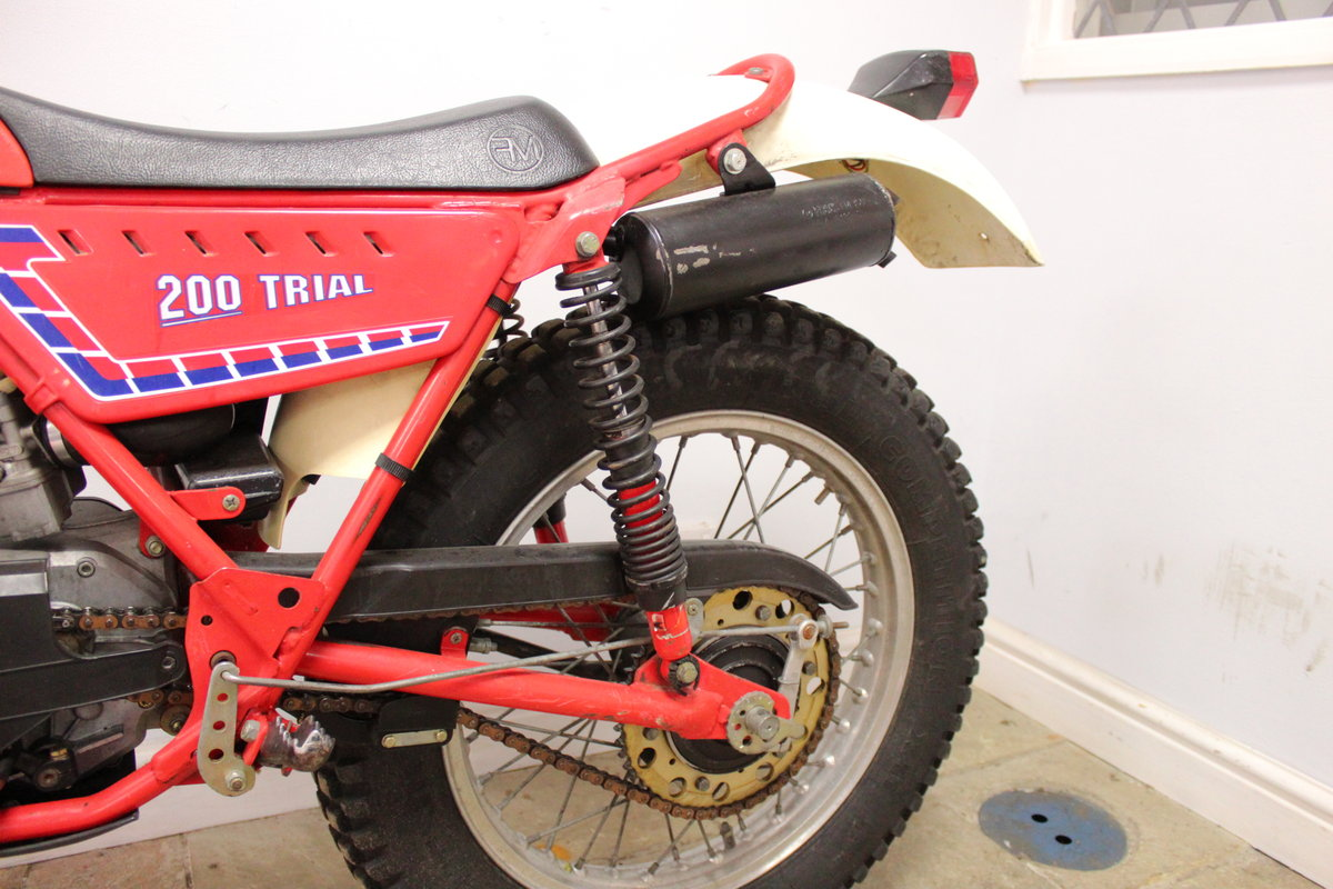 c1982 Fantic 200 cc Trials Bike Presented in excellent con SOLD (picture 5 of 6)