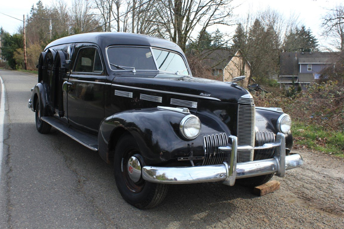 1940 LaSalle Meteor Hearse For Sale by Auction (picture 2 of 6)