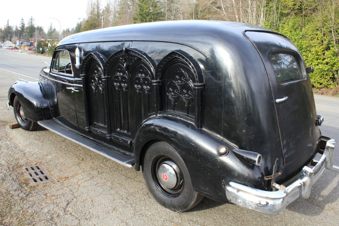 1940 LaSalle Meteor Hearse For Sale by Auction (picture 3 of 6)