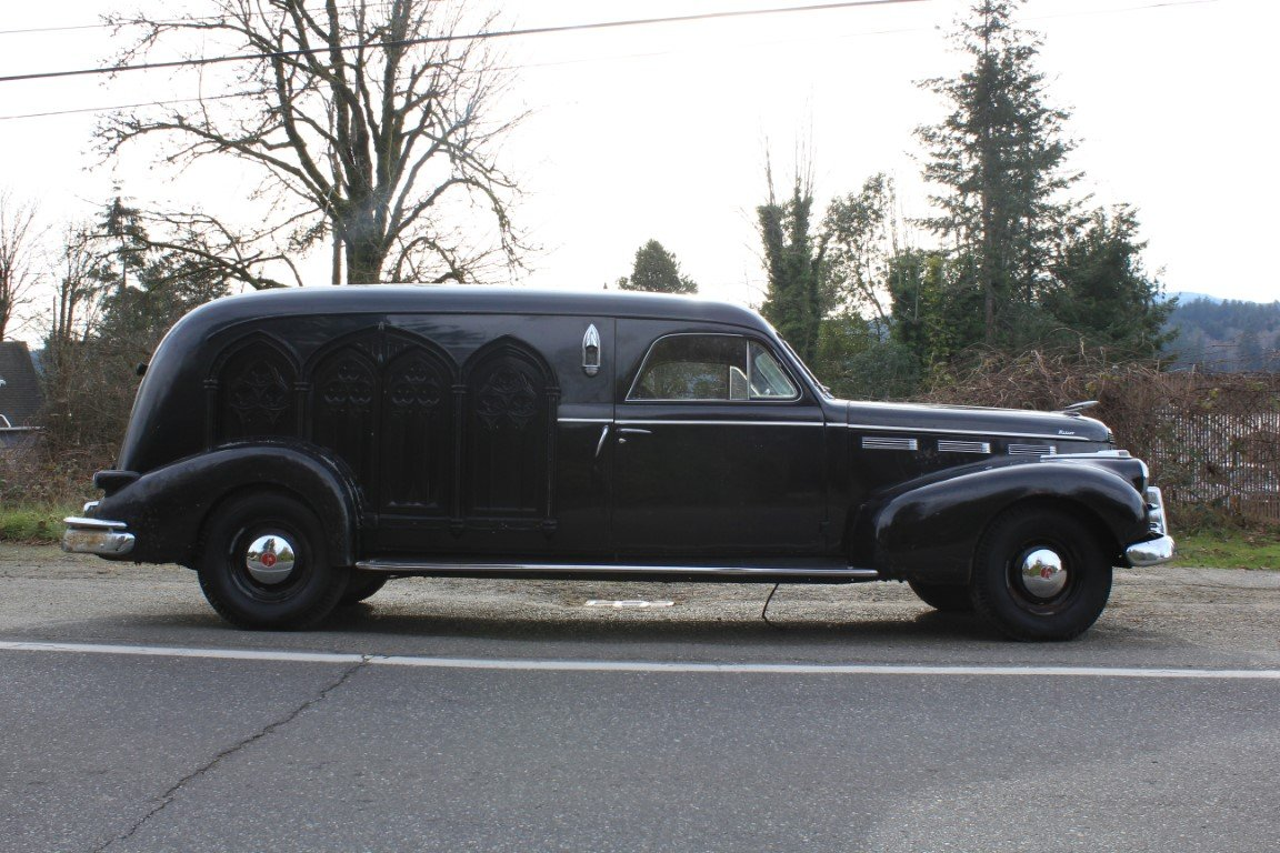 1940 LaSalle Meteor Hearse For Sale by Auction (picture 4 of 6)