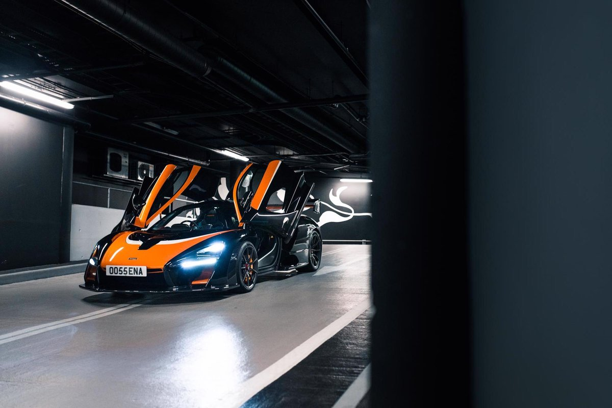 2018 McLaren Senna - Unique MSO Specification For Sale (picture 2 of 6)