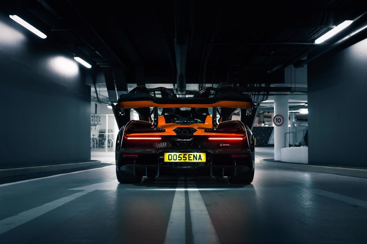 2018 McLaren Senna - Unique MSO Specification For Sale (picture 3 of 6)