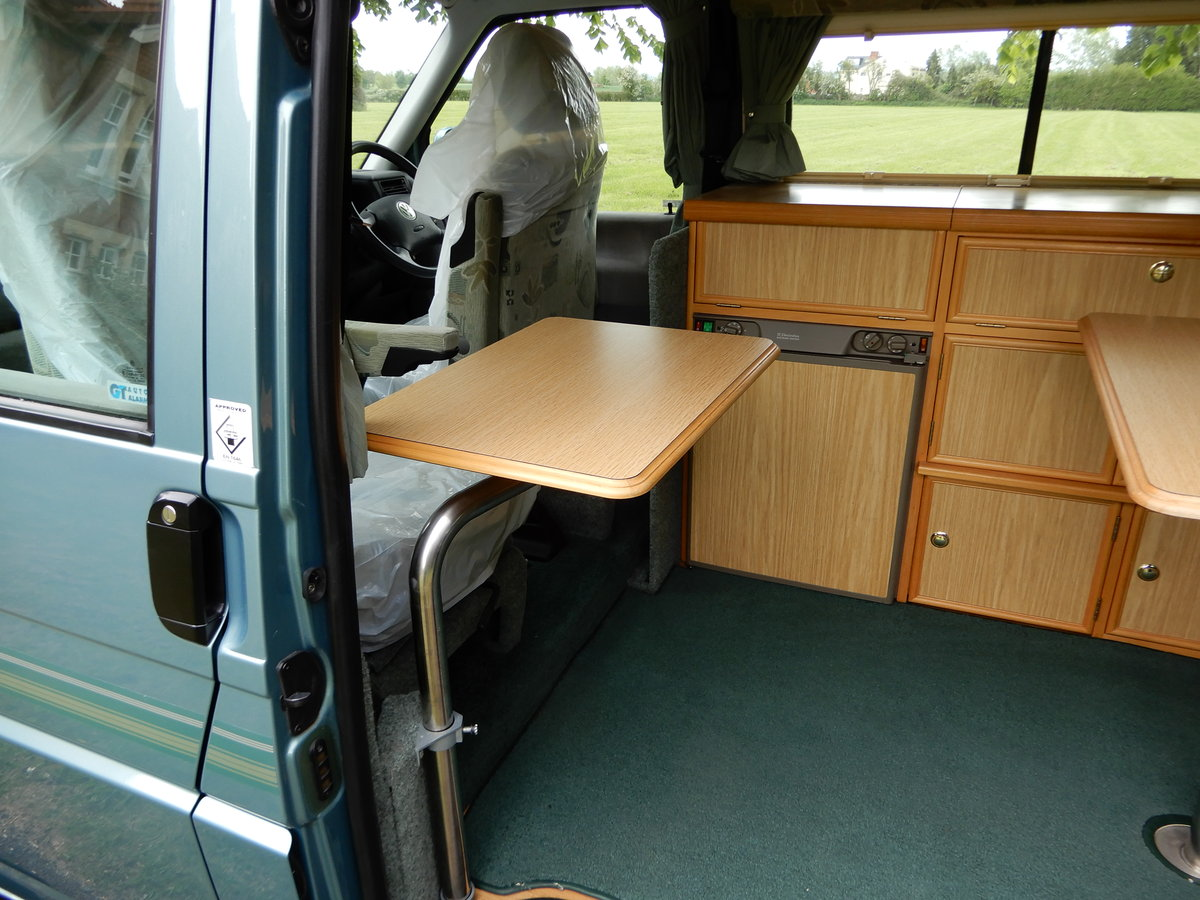 2003 Volkswagen Autosleeper Trooper LE For Sale (picture 5 of 6)
