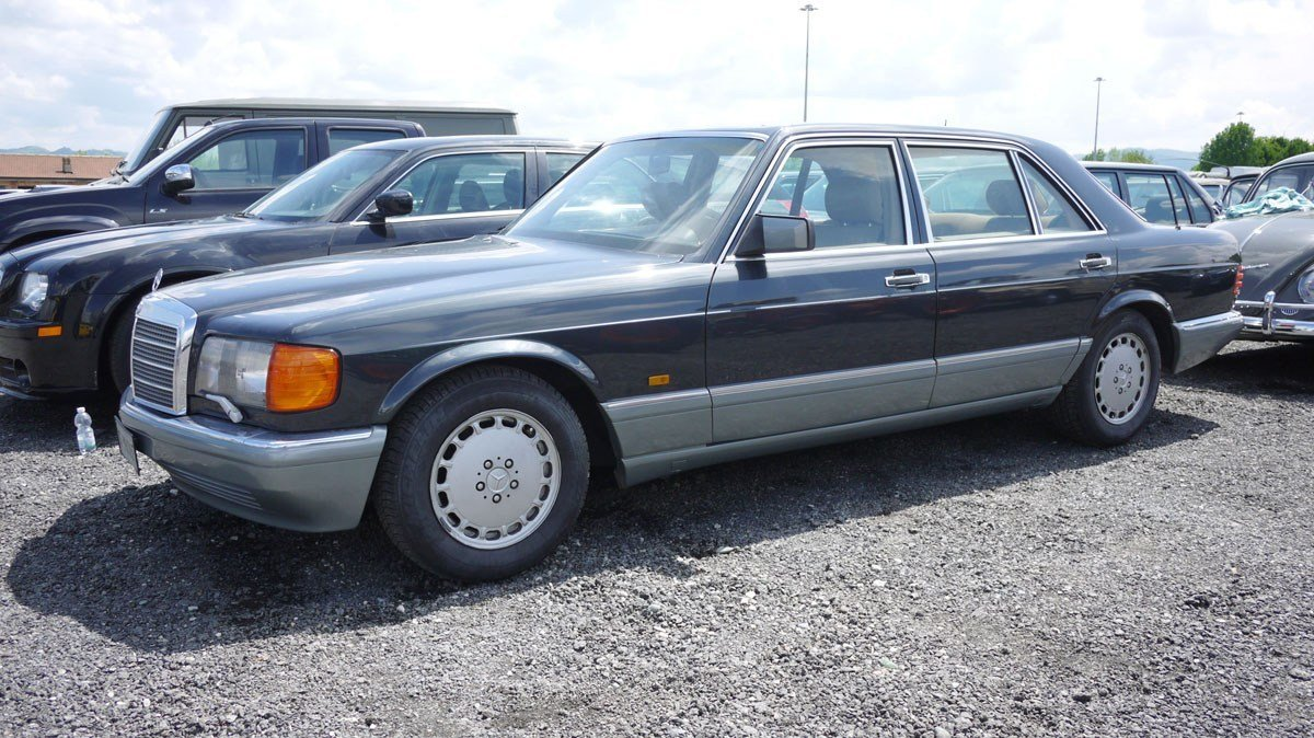 1987 Mercedes-Benz 560 SEL For Sale by Auction (picture 1 of 4)