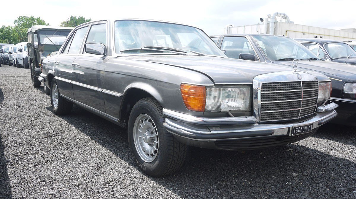 1975 Mercedes-Benz 450 SE For Sale by Auction (picture 2 of 4)
