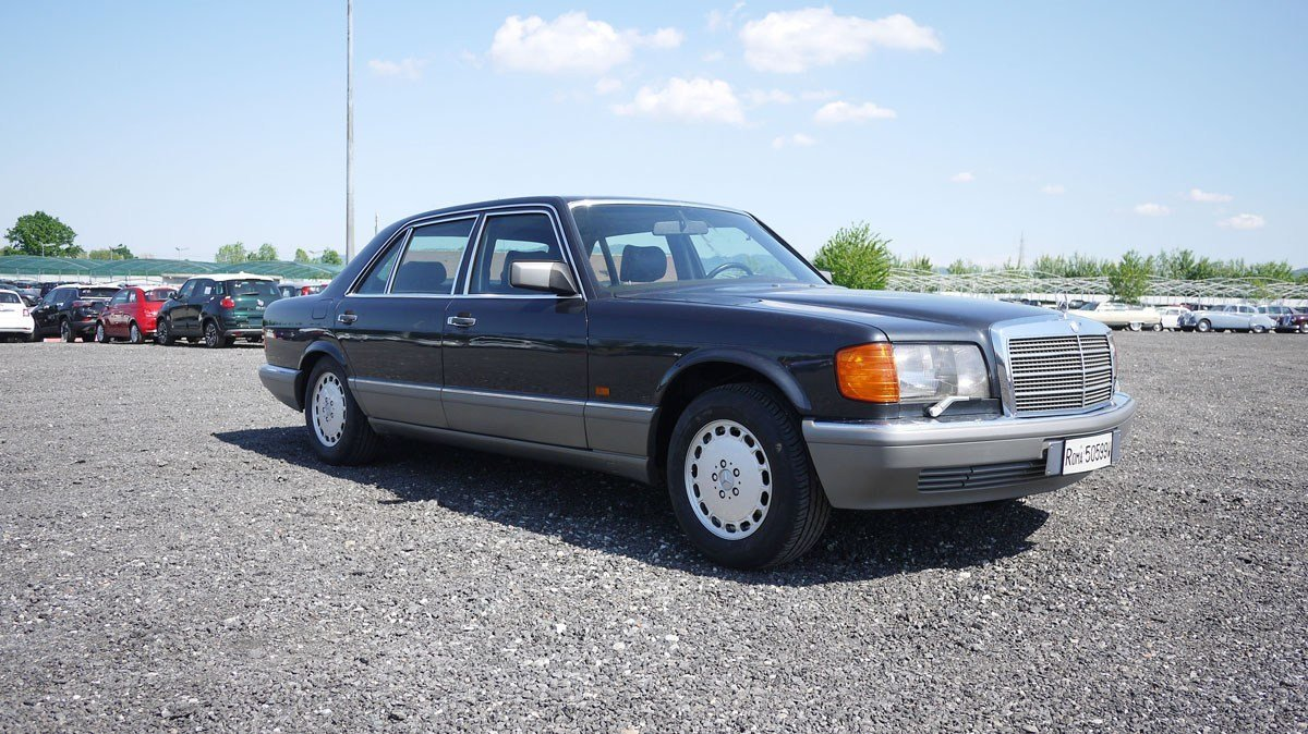 1989 Mercedes-Benz 560 SEL For Sale by Auction (picture 1 of 6)