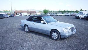 1995 Mercedes-Benz E200 Cabriolet For Sale by Auction
