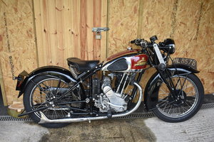 Lot 39 - A 1937 New Imperial Model 46 De-luxe - 01/06/2019 For Sale by Auction