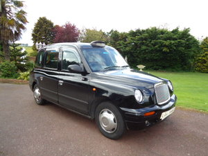 Picture of 2004 London Taxi TX2  For Sale