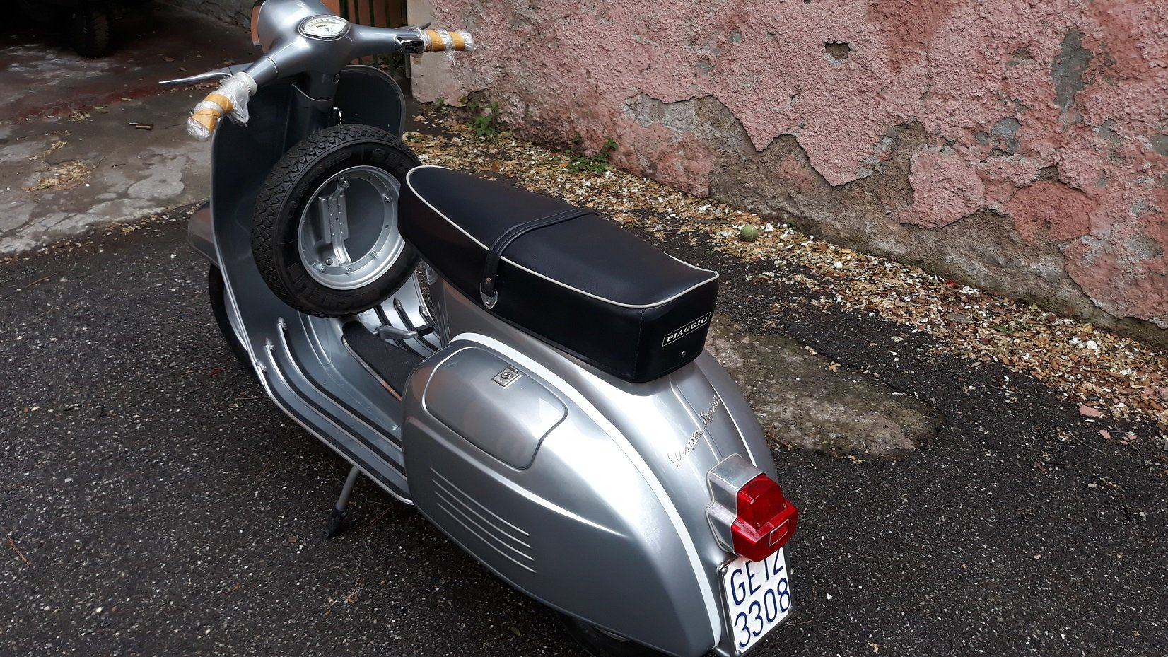 1965 Piaggio Vespa 150 Sprint For Sale (picture 1 of 6)