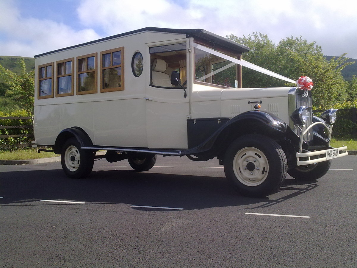 1983 Asquith 8 seater wedding bus For Sale (picture 2 of 6)