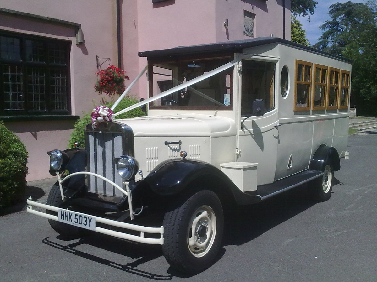 1983 Asquith 8 seater wedding bus For Sale (picture 3 of 6)