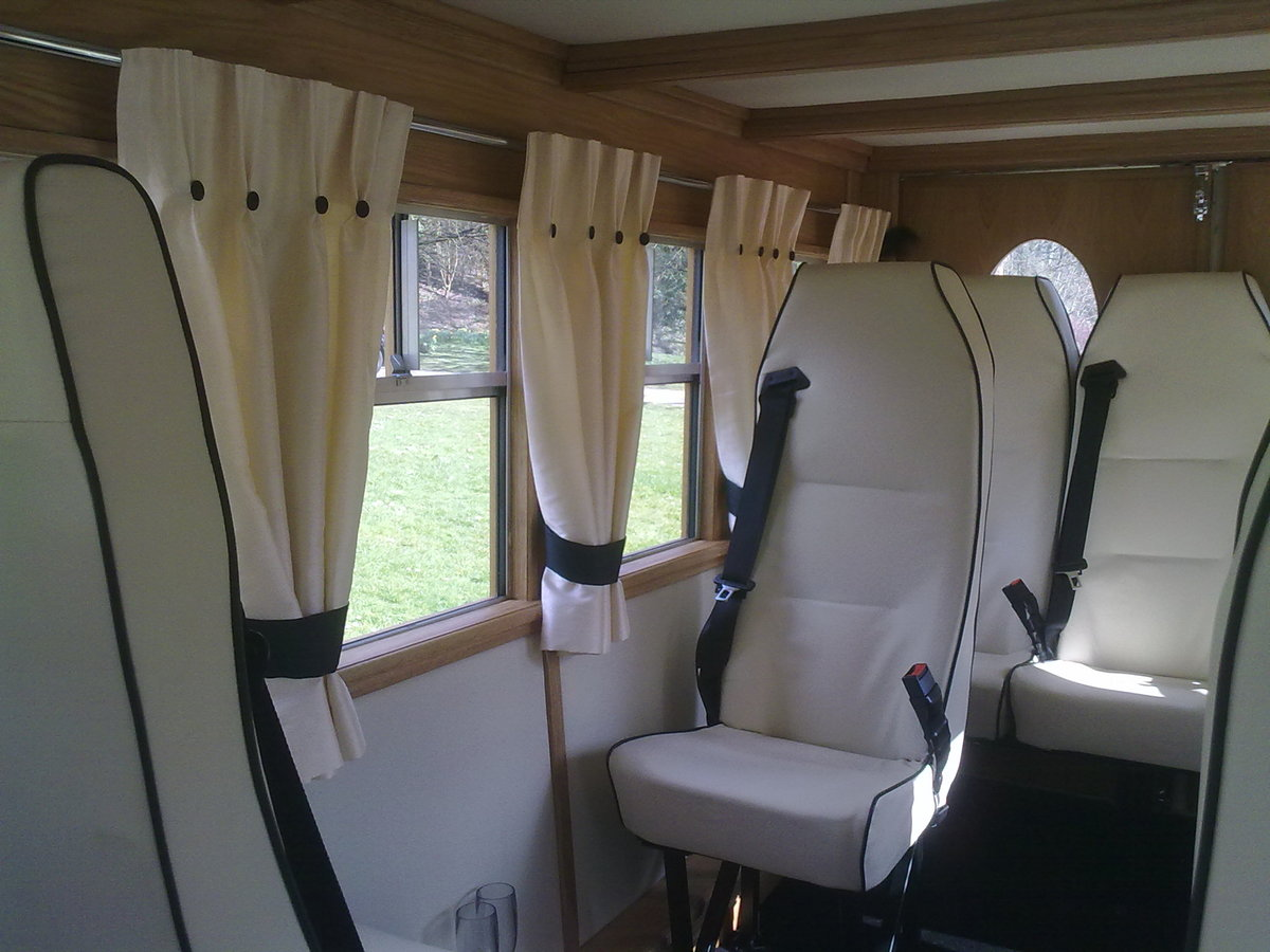 1983 Asquith 8 seater wedding bus For Sale (picture 4 of 6)