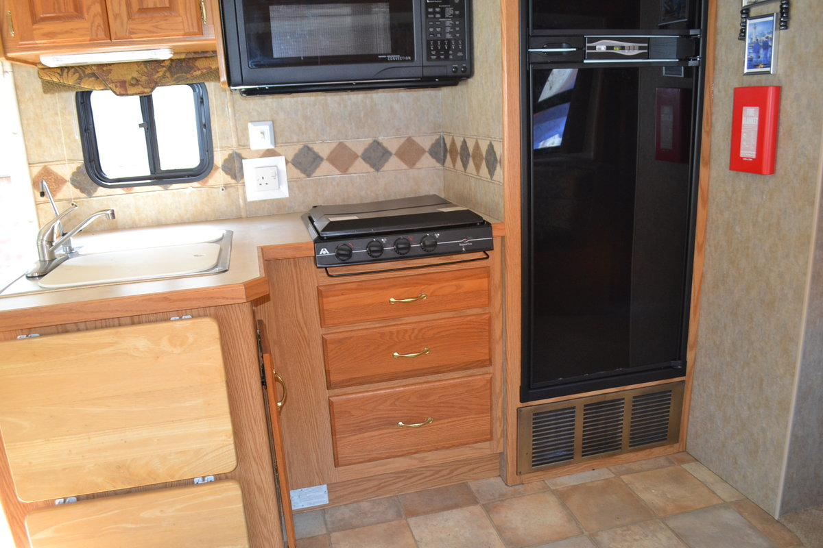 2005 Holiday Rambler Admiral SE LHD For Sale (picture 3 of 6)