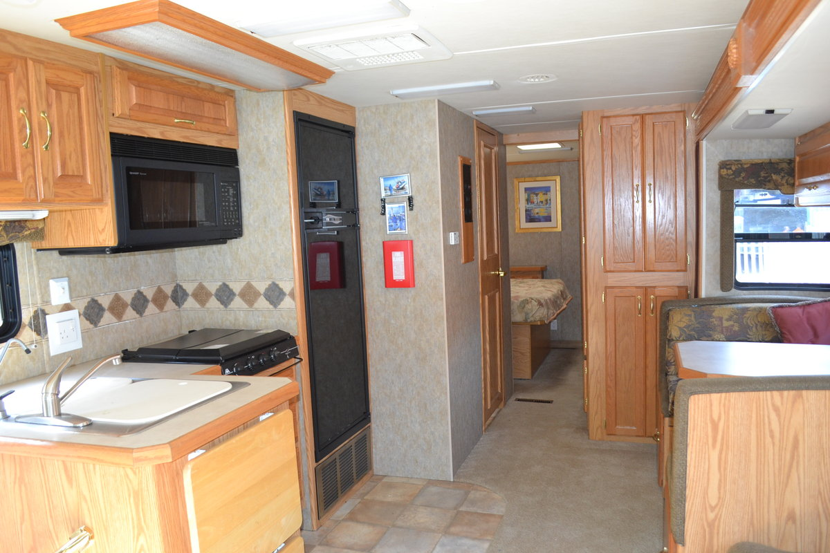 2005 Holiday Rambler Admiral SE LHD For Sale (picture 4 of 6)