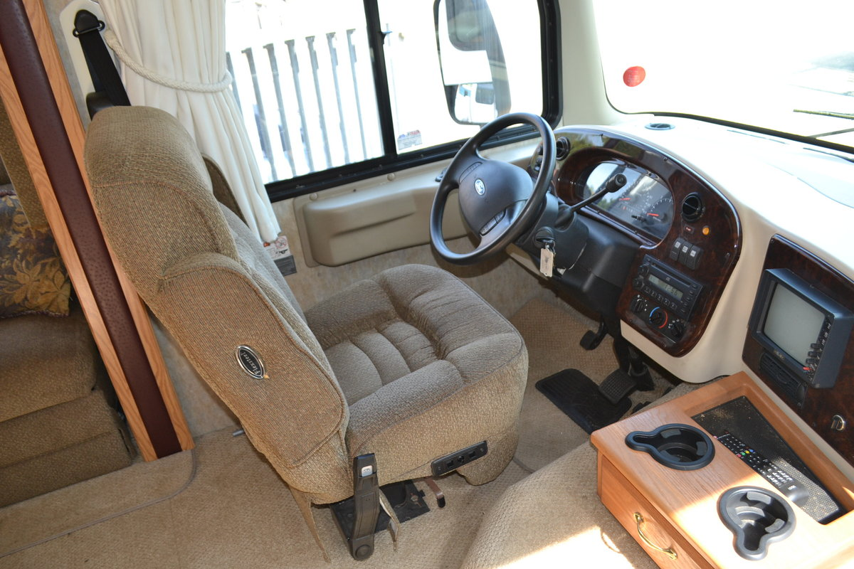 2005 Holiday Rambler Admiral SE LHD For Sale (picture 6 of 6)