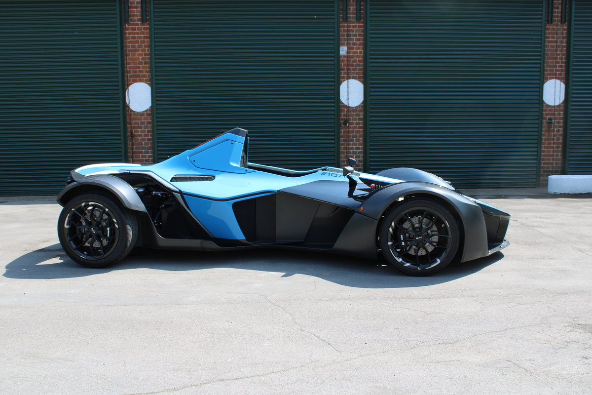 2017 BAC MONO - 1,500 MILES - £159,950 For Sale (picture 3 of 12)