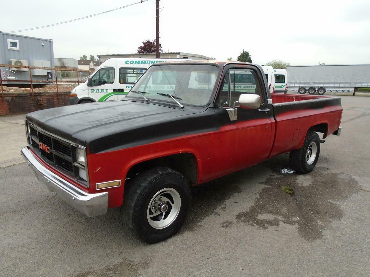 GMC K1500 HIGH SIERRA 4X4 V8 LWB PICKUP(1984)RED RUSTFREE! For Sale (picture 1 of 6)