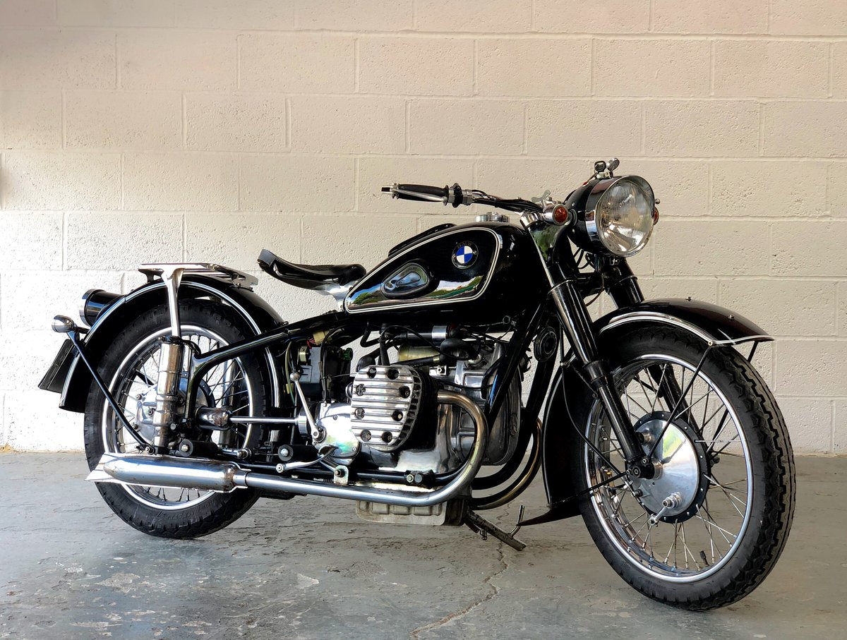 Chang jiang 1960 749 cc electric and kickstart (BMW R71