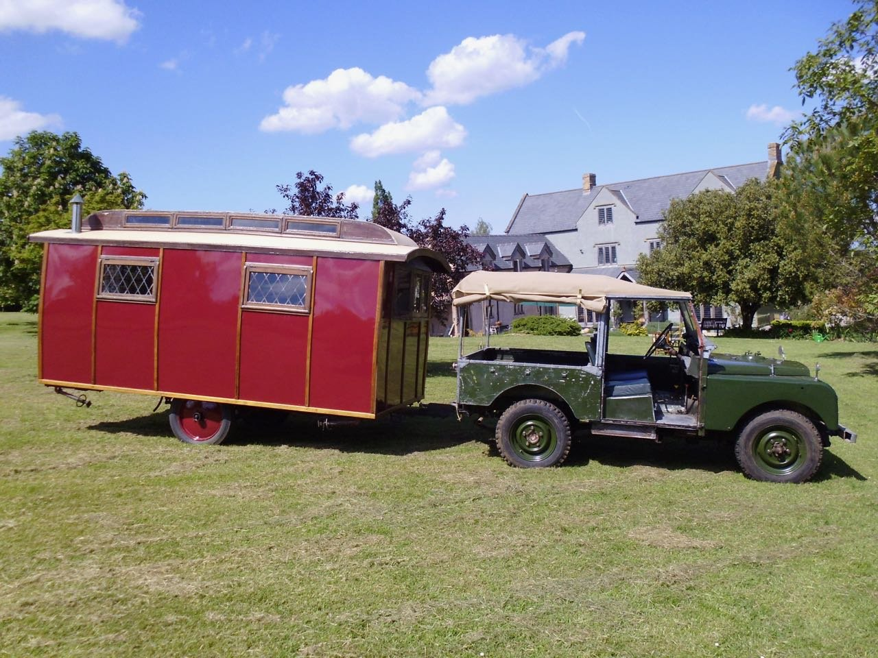 Eccles Vintage touring caravan manufactured 1920 For Sale (picture 1 of 6)
