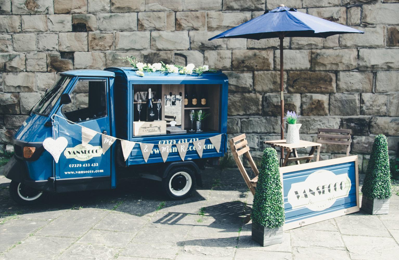 1996 Piaggio Ape Mobile Prosecco Van... REDUCED PRICE For Sale (picture 1 of 4)
