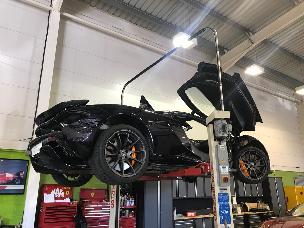 McLaren P1 Servicing & Maintenance  For Sale (picture 2 of 6)