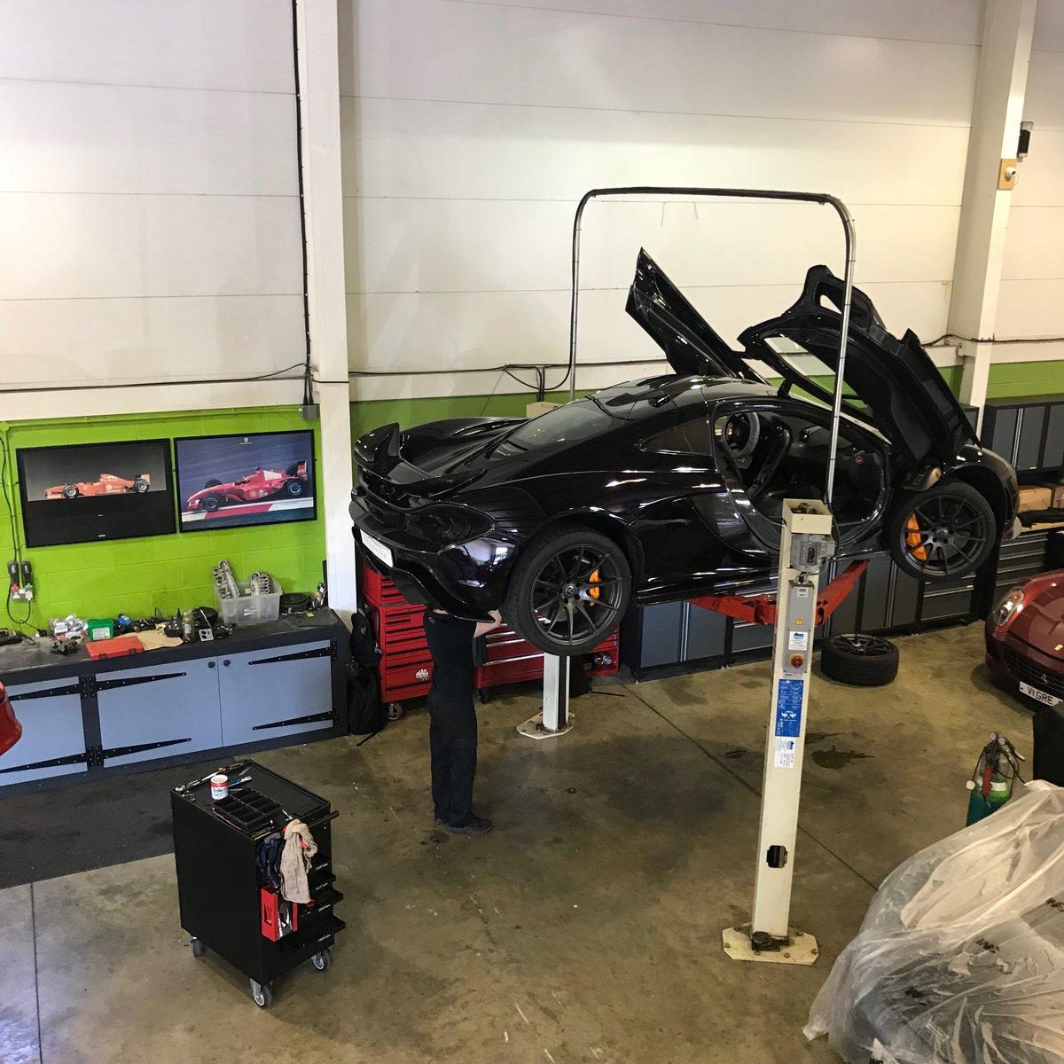 McLaren 675 LT Servicing & Maintenance  For Sale (picture 4 of 6)