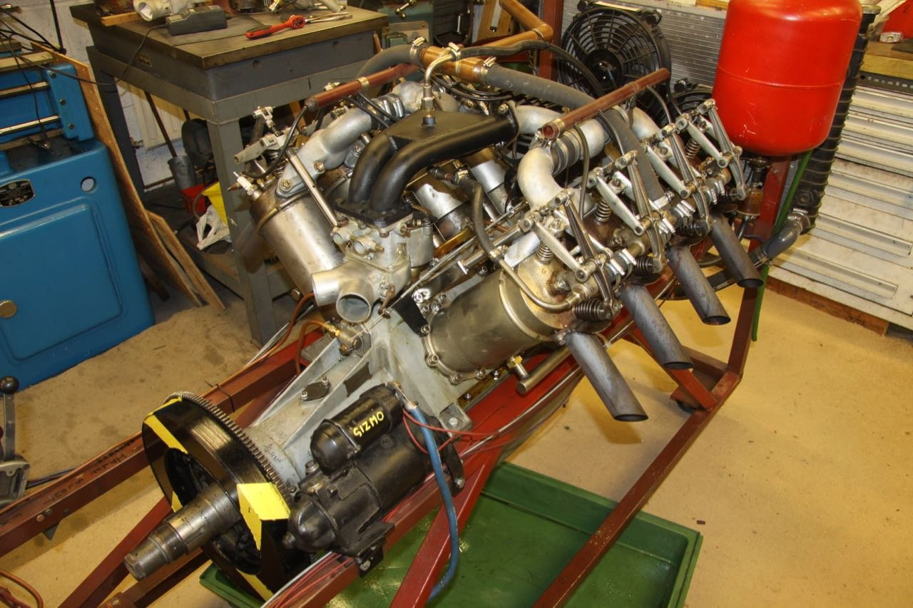 1916 Curtiss 8.2 litre V8 Aero Engine  For Sale (picture 2 of 6)