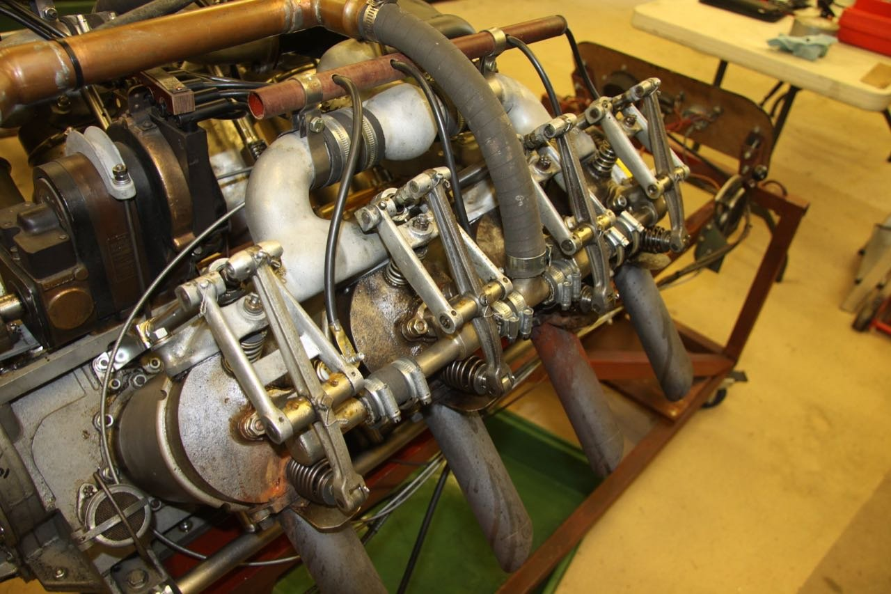 1916 Curtiss 8.2 litre V8 Aero Engine  For Sale (picture 3 of 6)