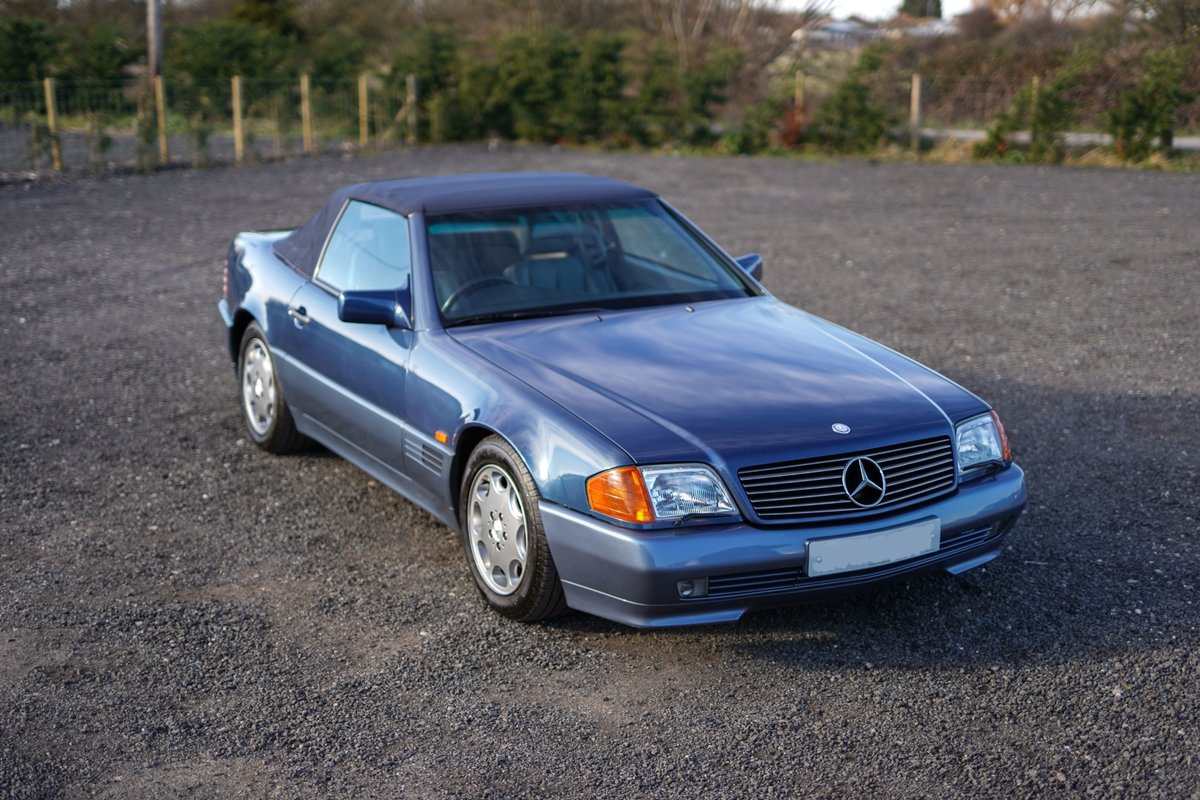 1992 Mercedes-Benz SL 300 R129 Auto Blue Low Mileage Immaculate  For Sale (picture 2 of 6)