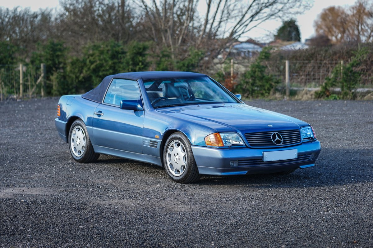 1992 Mercedes-Benz SL 300 R129 Auto Blue Low Mileage Immaculate  For Sale (picture 3 of 6)