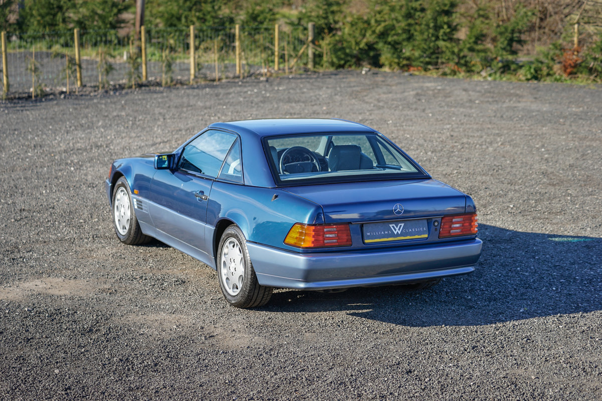 1992 Mercedes-Benz SL 300 R129 Auto Blue Low Mileage Immaculate  For Sale (picture 4 of 6)