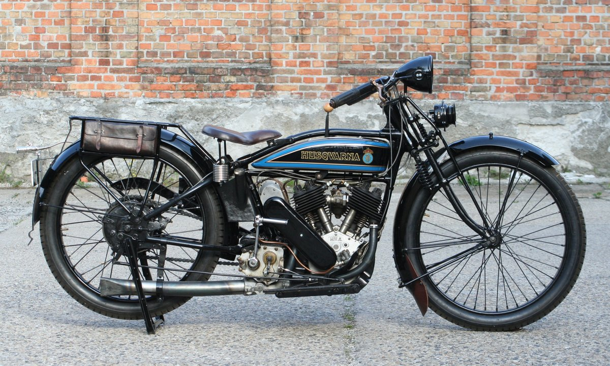 1927 Husqvarna Model 180 550cc V-twin For Sale (picture 1 of 6)