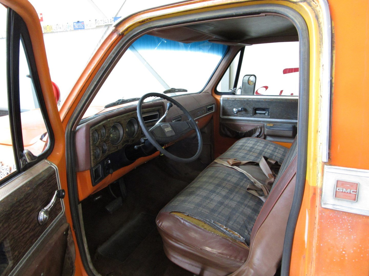 1976 GMC 15 Sierra Classic 350CU V8 Longbed Pick Up For Sale (picture 4 of 6)