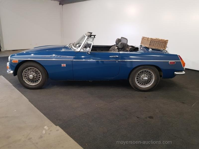 MGB blauw 1972  For Sale by Auction (picture 2 of 6)
