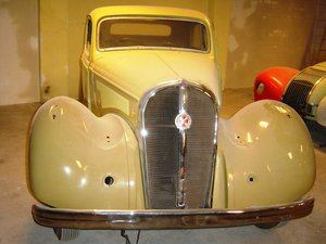1949 Hotchkiss 686 Berline S-49,