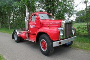 Mack B61T truck 1958