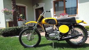 CZ Motocross Yellow Tank 1972 For Sale