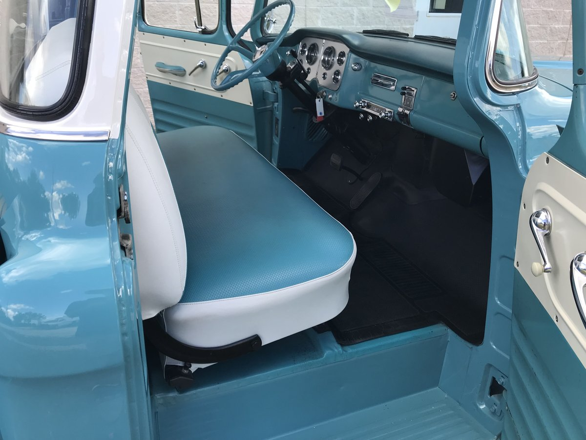1957 GMC 100 BIG WINDOW V8 AUTO AM RARE AND NICE SOLD (picture 3 of 6)