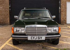 1982 Mercedes-Benz 280 TE Estate Seven Seat SOLD by Auction