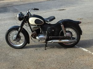 Puch 175 svs split single 1960 uk v5 For Sale