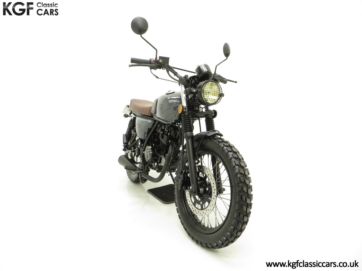 2017 A Custom Mutt Hilts Grey 125, just 1,616 Miles and One Owner SOLD (picture 1 of 6)