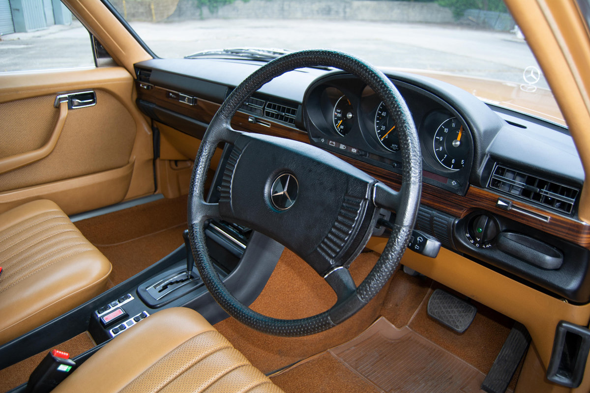 1973 Mercedes-Benz 350SE (W116) SOLD by Auction (picture 1 of 6)