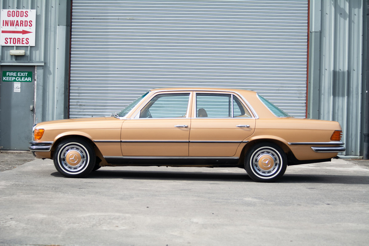 1973 Mercedes-Benz 350SE (W116) SOLD by Auction (picture 3 of 6)