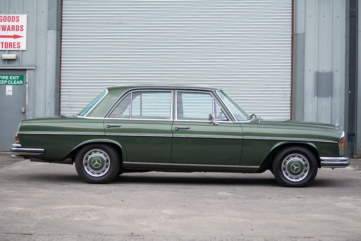 1972 Mercedes-Benz 280SE (W108) 3.5 Saloon SOLD by Auction (picture 1 of 6)